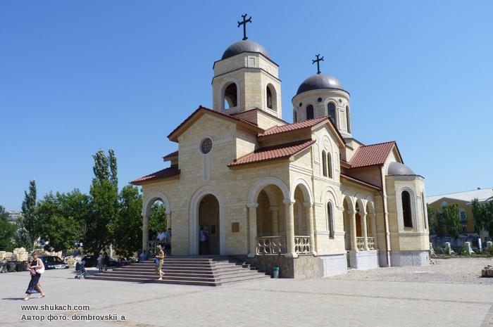 Возрождение Храма в Бердянске (700x465, 112Kb)