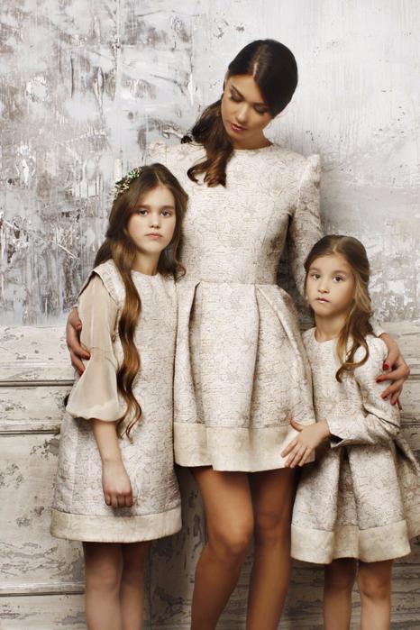 family-look_89ad733527b15b6413745e16a82b6d6b_original (466x700, 365Kb)