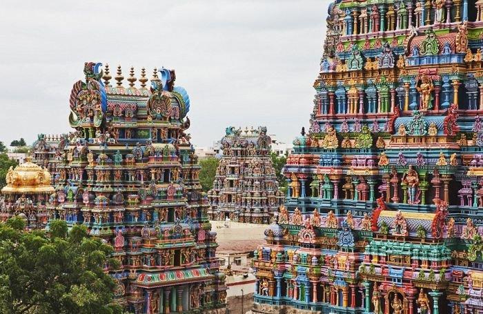 unikalnye-skulptury-indijskogo-xrama-minakshi-v-indii-2 (700x455, 120Kb)
