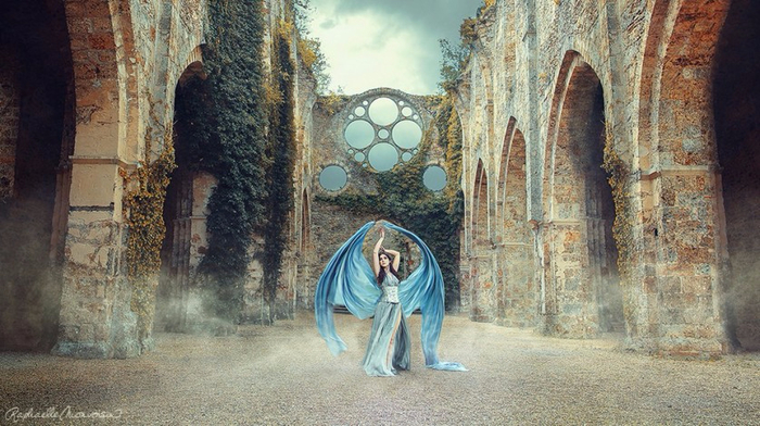 Amazing-photo-Rafael-Bonvoisin-in-which-reality-is-like-a-fairy-tale-02 (700x392, 352Kb)