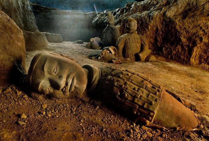 Археологические загадки и таинственные места на территории России
