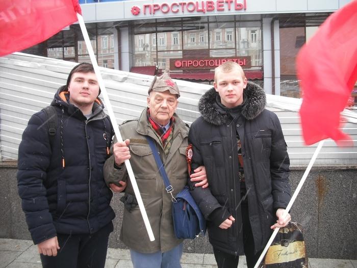Москва 23 февраля 2017 года (700x525, 277Kb)