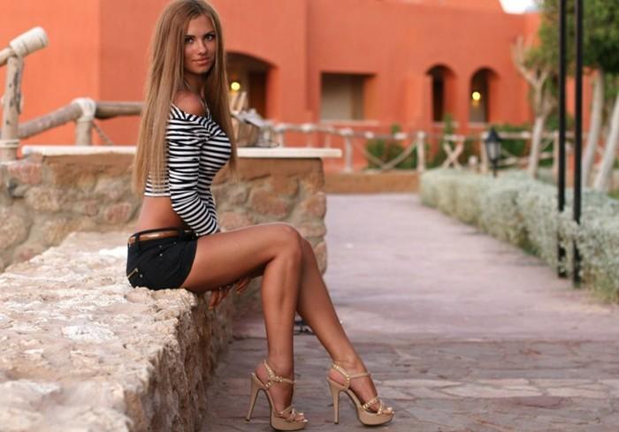 девушки c большими ногами фото