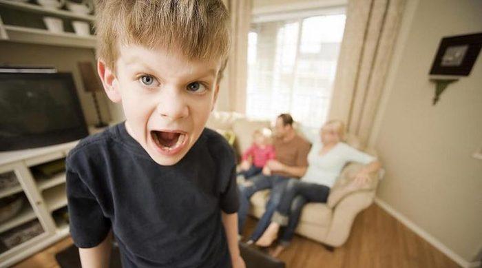 порно мальчик трахает сам себя