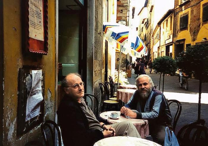 с Петром Вайлем в Италии, г. Лукка, сентябрь 1995 г. (700x491, 418Kb)