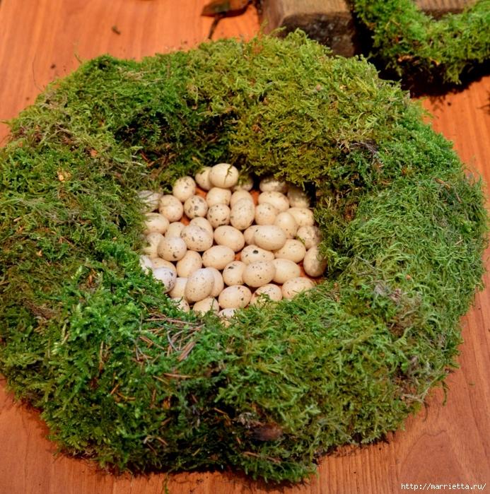 Пасхальные венки и декоративные шары из мха (8) (693x700, 529Kb)