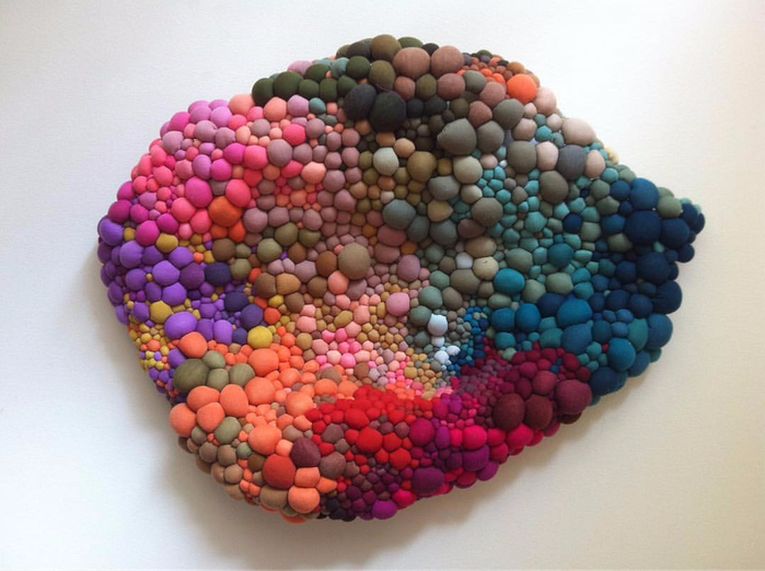 seregarcia-s-colorful-installations-are-made-from-hundreds-of-textile-orbs-that-she (700x522, 323Kb)