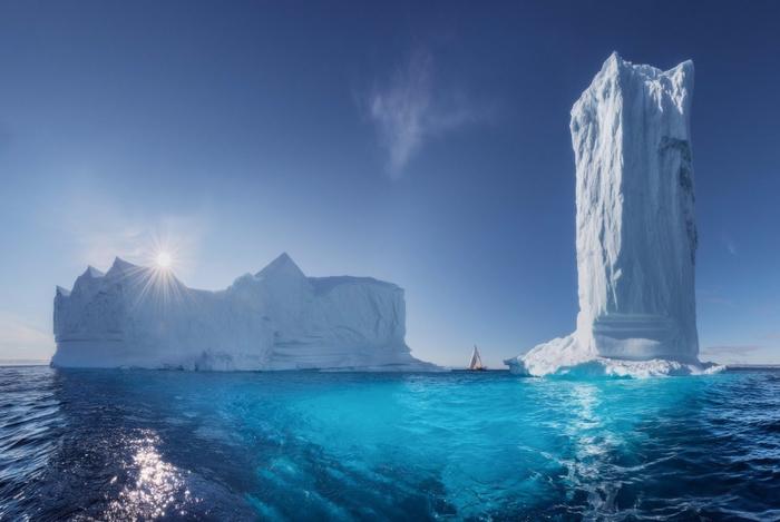 3. Небоскребы Гренландии (700x469, 257Kb)