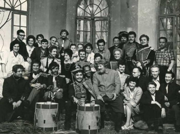 zakulisnye-kadry-sovetskogo-kino_34 (700x524, 247Kb)