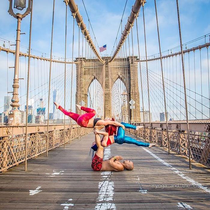 фотопроект йога и город 14 (700x700, 616Kb)