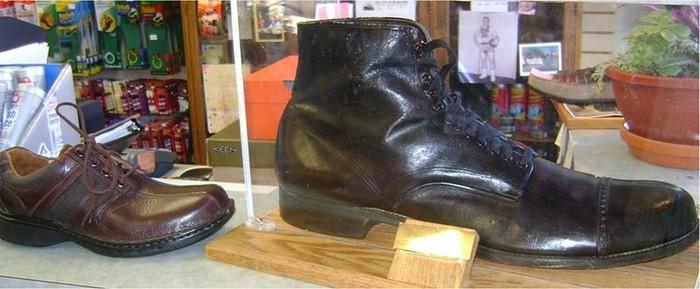 Самый большой размер обуви у человека