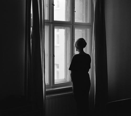 beautiful-black-and-white-girl-photography-Favim.com-1805993 (500x443, 35Kb)