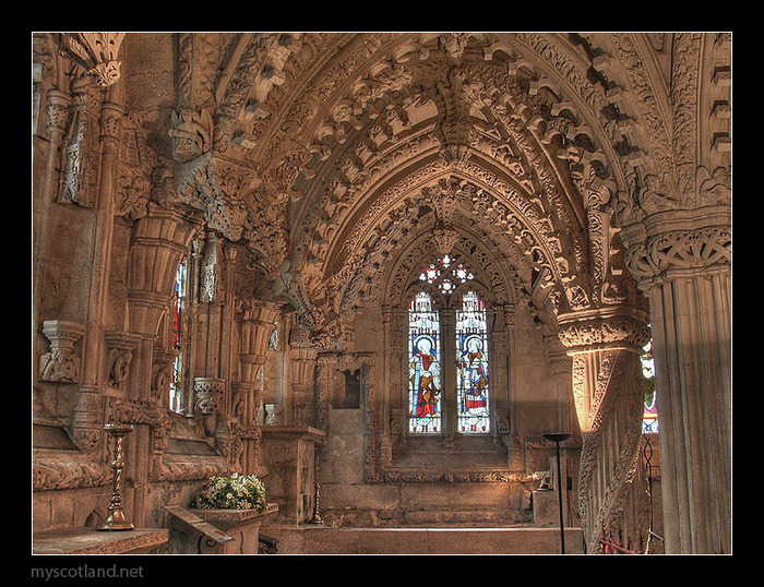 rosslyn_chapel_scotland_5 (700x538, 201Kb)