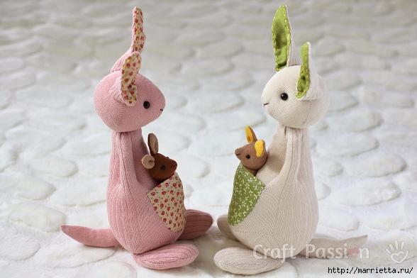 КЕНГУРУ с кенгуренком - изумительные игрушки из носков и фетра (3) (588x392, 147Kb)
