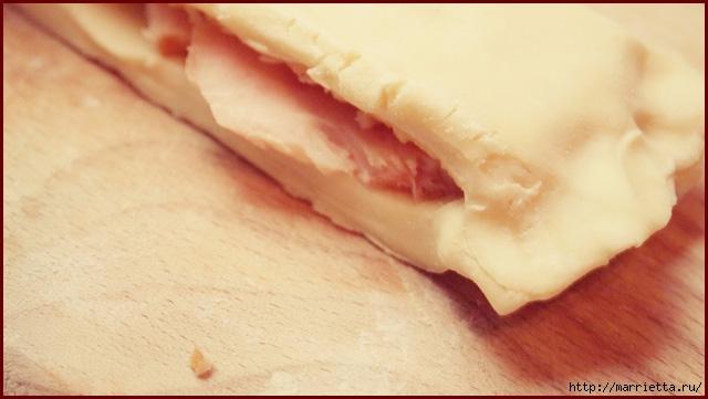 Косичка из слоеного теста с курицей и сыром (4) (640x361, 130Kb)