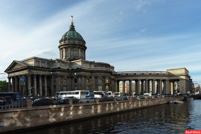 Казанский собор (700x469, 268Kb)