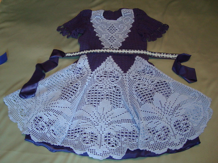 Платье на девочку филейное вязание