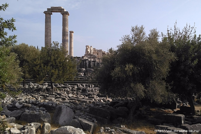 Shraddha_trаvel Турция 2016, Храм Апполона (1) (700x466, 300Kb)