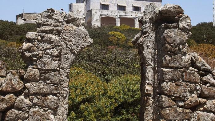 Заннон: мрачная история острова оргий