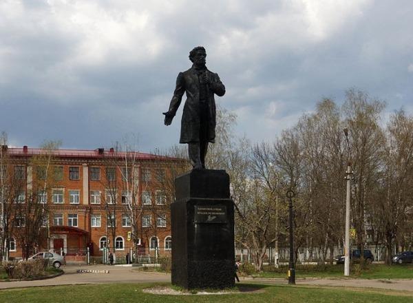 До слома Пушкин (600x440, 228Kb)