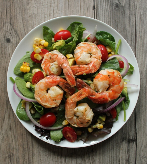 content_avocado_salads_with_prawns_and_corn (623x700, 467Kb)