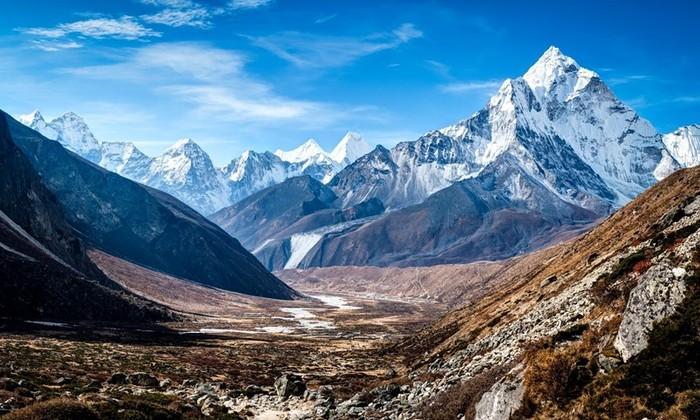 Гималаи   обитель снегов