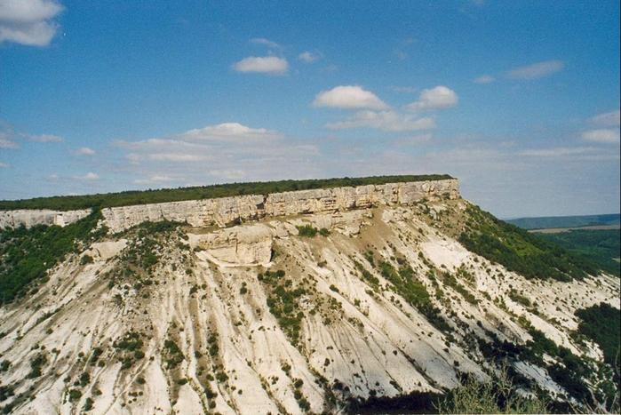 Пещерный город Мангуп-Кале/4897960_dd45d054dfce696b68bc0b43a11d1bfe_XL (700x467, 278Kb)