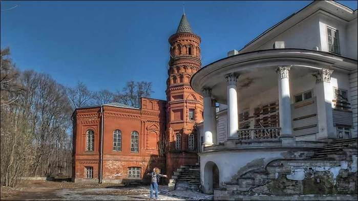Усадьба Покровское-Стрешнево/3673959_8 (700x393, 44Kb)