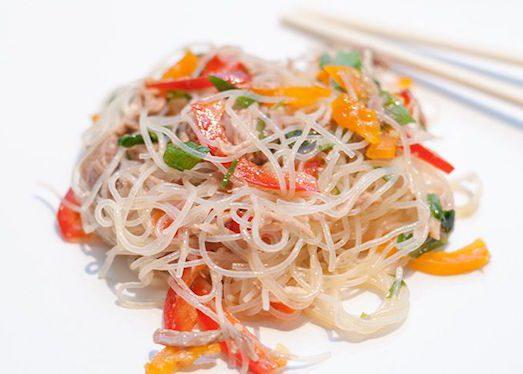 salat-s-funchozoj-i-govyadinoj-po-kitajski-523x374 (523x374, 32Kb)