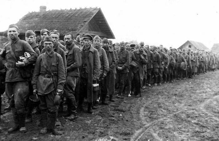 Сколько советских солдат попало в плен во время войны?