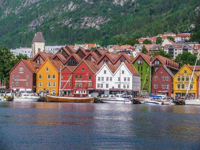 103_Bergen_1_Bryggen (700x525, 119Kb)