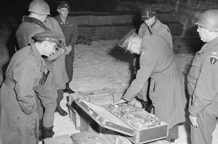Сокровища нацистов не найдены до сих пор. Кому досталось золото Третьего рейха?