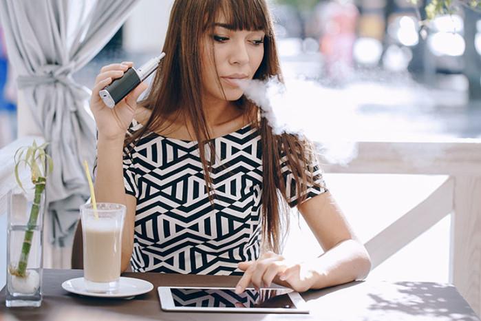 2749438_Elektronnie_sigareti (700x466, 101Kb)