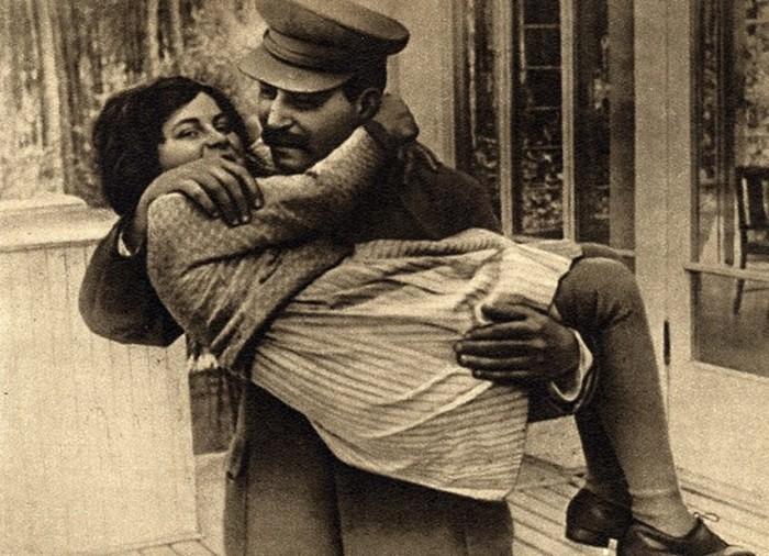 Светлана Аллилуева: почему дочь Сталина стала «невозвращенкой»