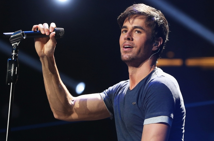 3769678_enriqueiglesiasperformance2014billboard1548 (700x462, 180Kb)