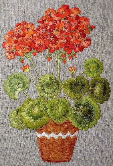 576682b958e330955fb3ab0984c7--embroidered-surface-art-geranium (395x580, 87Kb)