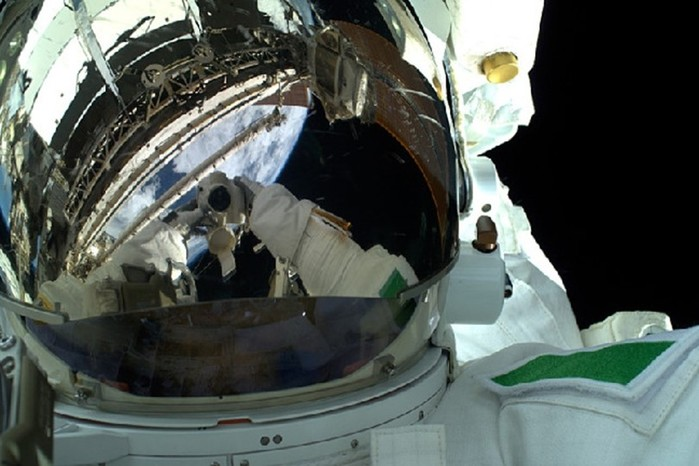 Самые интересные селфи космонавтов