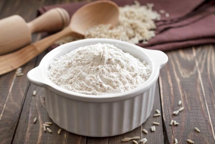 Рисовая мука для красивой кожи! Рецепты скрабов, масок и отваров