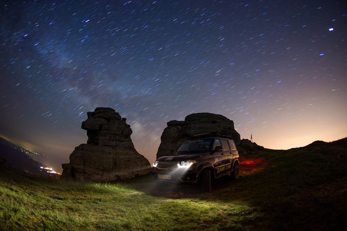 Джип тур в Алуште - Демерджи ночью (700x466, 362Kb)