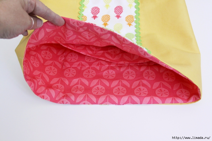 Sewing-Lining-in-Bag (700x466, 213Kb)