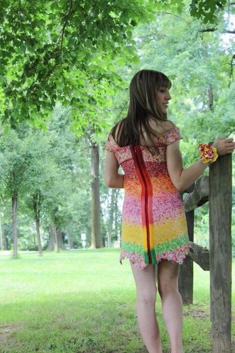 платье из фантиков Emily Seilhamer 3 (467x700, 439Kb)