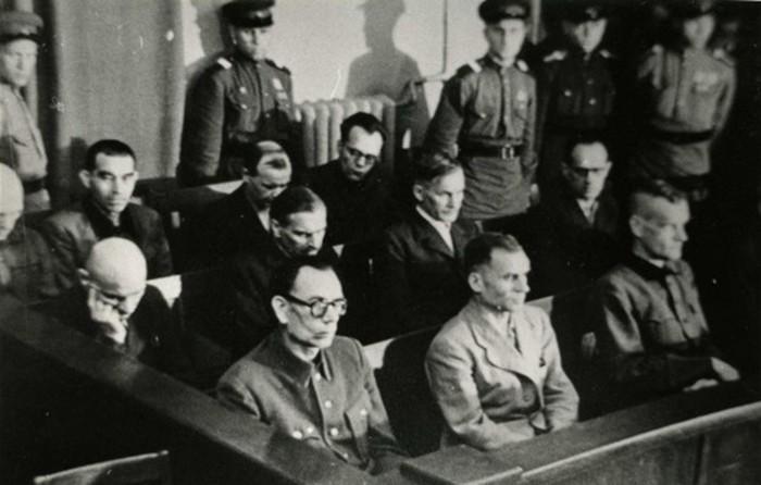 Как судили предателя генерала Власова?