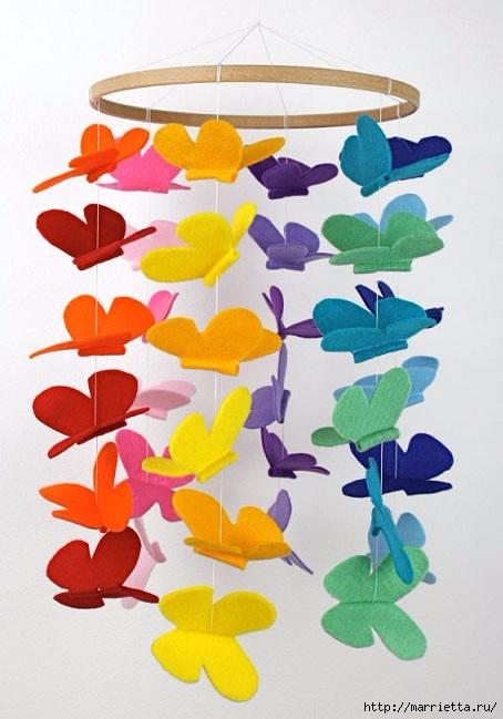 Порхающие фетровые бабочки - мобиль для детской кроватки (1) (454x649, 173Kb)