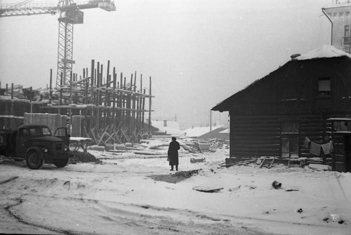 """Строительство кинотеатра """"Кристалл"""", г. Пермь, 1959-1960 г.г. /2045074_ (700x470, 72Kb)"""