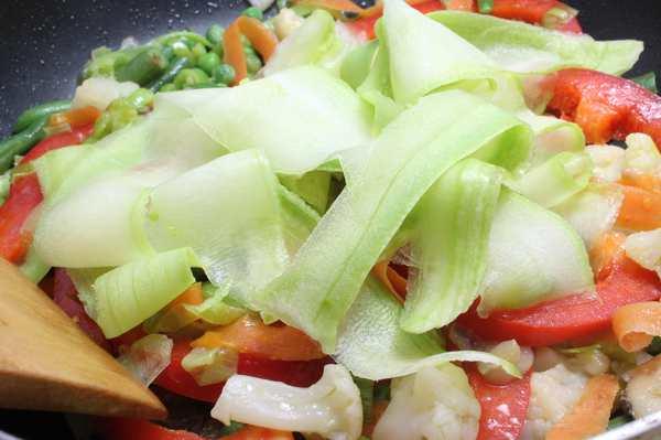 Овощи по-азиатски: ингредиенты, как приготовить