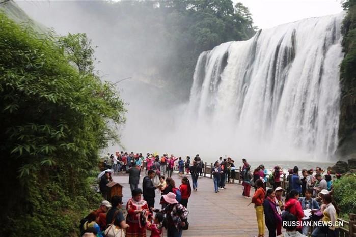 Водопад Хуангошу после дождей