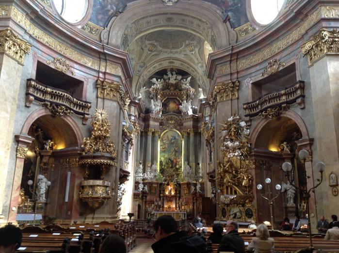в Австрии монастырь Святого Петра (700x522, 459Kb)