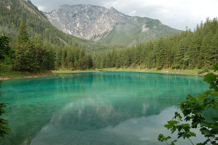 Грюнер-Зе,_Зеленое_озеро_в_Австрии (700x465, 440Kb)