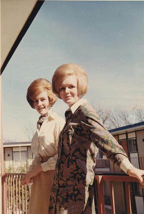 модные прически 60-х годов 10 (472x700, 285Kb)
