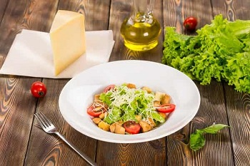 salat-cezar-c kuriceyi-min (350x233, 43Kb)